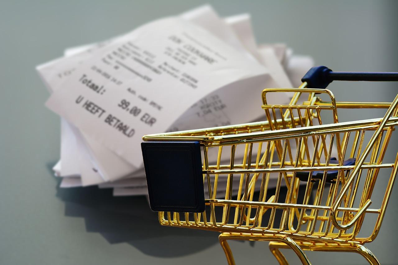Nota fiscal eletrônica passa a ser obrigatória ao varejo